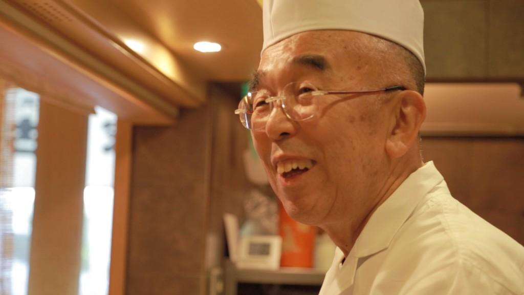 美家古寿司の主人